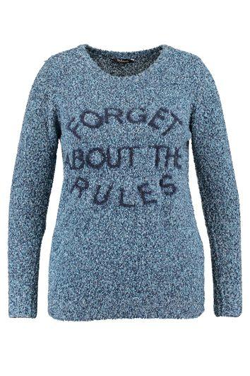 Pull-over avec texte tricoté