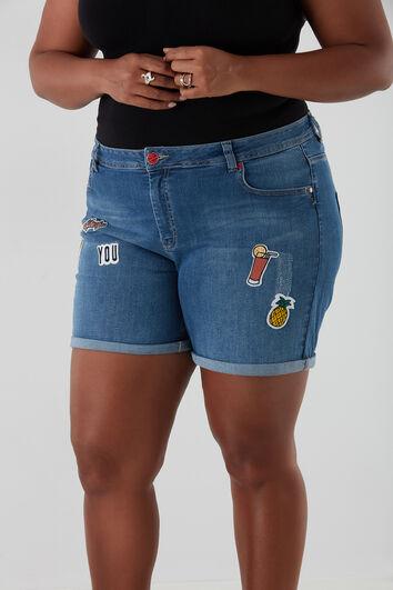 Short en jean avec patches