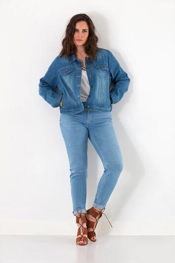 Veste en jean avec détail bohème