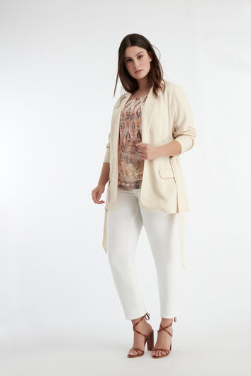Lookbook White Pants