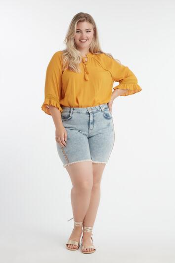 Short à bordure orange scintillante