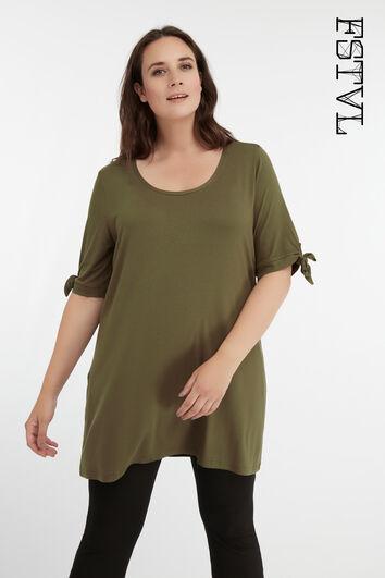 Long t-shirt avec un décor à nœud