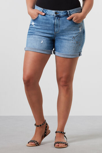 Short en denim à clous