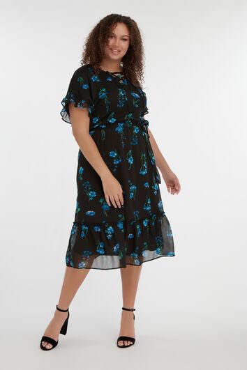 Longue robe à volants