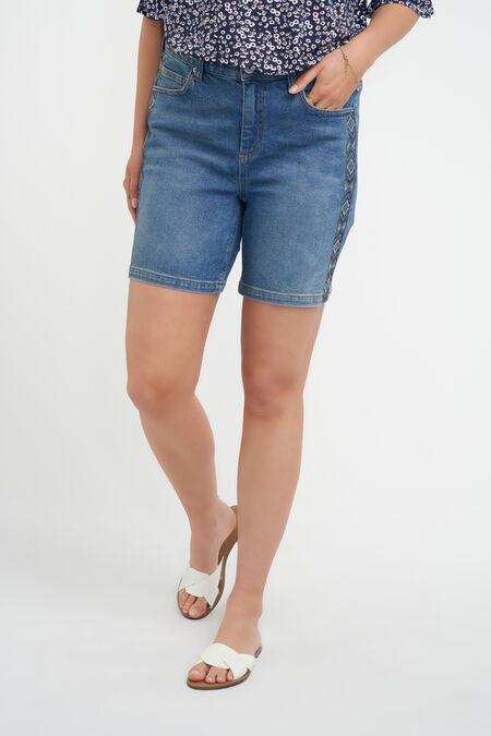 Short en jean avec strass